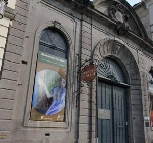 Uno de los interesantes museos de Brujas como el Groeninge Museum.