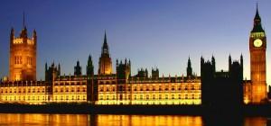 El imponente edificio del Parlamento es un monumento de gran valor.