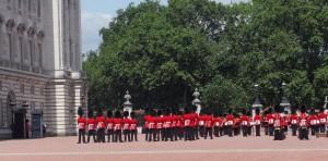 El llamativo y popular cambio de la guardia