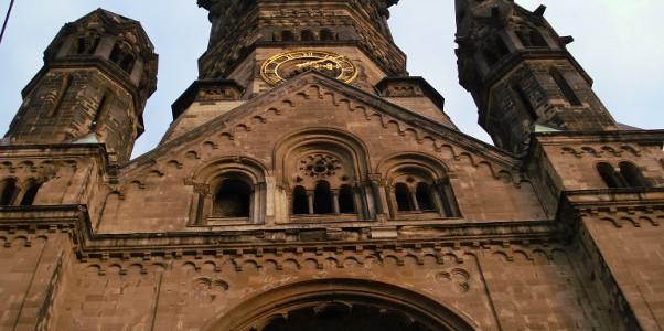 Iglesia que conmemora al kaiser Guillermo en Berlín