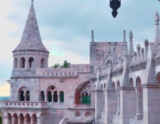 Budapest ofrece mucho al viajero, hay una larga lista de monumentos que ver