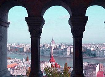 Guía de Budapest, la perla del Danubio es la capital de Hungría y una de las ciudades más bellas de Europa.