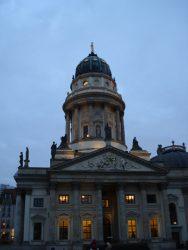 La magnífica iglesia francesa de Gendarmenmarkt