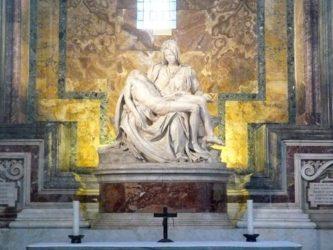 La piedad de Miguel Ángel, es de suma belleza y perfección