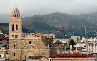 Vista de la majestuosa iglesia de la Encarnación de Almuñecar.