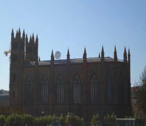 Vista lateral de la Friedrichswerdersche Kirche