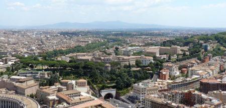 Los jardines del Vaticano vistos desde la cúpula de San Pedro