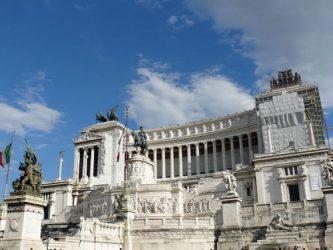 El gran monumento a Víctor Manuel II