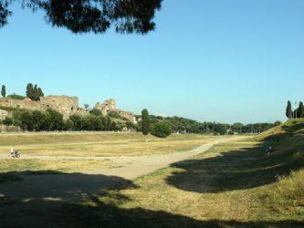 Imagen de donde se levantaba el Circo Máximo, que hoy es un parque