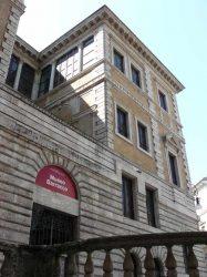 El Museo Barracco se encuentra cerca del campo di Fiori