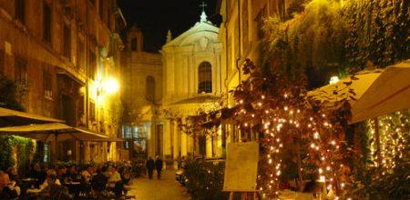 La noche de Roma es mágica y especial, da gusto disfrutarla