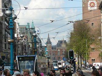 La red de tranvías es muy extensa y es una buena alternativa al paseo.