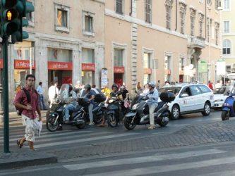 En Roma se usan muchísimo las motos para moverse