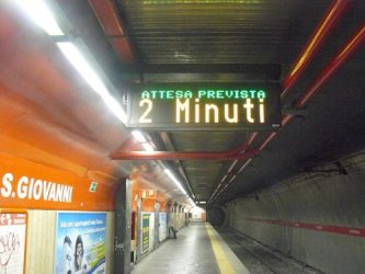 Una parada del metro de Roma