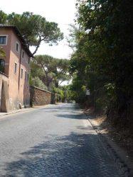 La Vía Appia camino de las Catacumbas de San Calixto