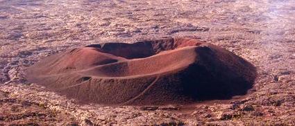Sus volcanes: Pitón de la Fournaise y Pitón de las Nieves