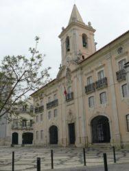 El Ayuntamiento es otro de los edificios atractivos de la ciudad.