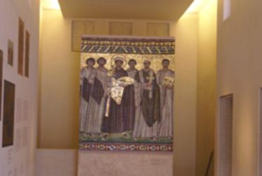 Otros restos de la biblioteca de Adriano