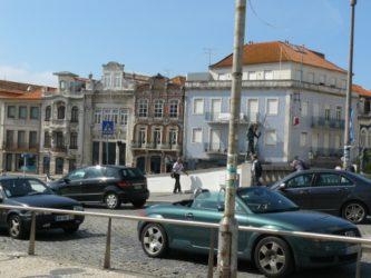 Generalmente a Aveiro se llega en coche, bien desde España o desde otros puntos de Portugal.