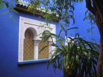 Bonita estampa de una pared de la casa de Majorelle