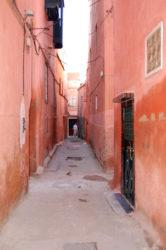 Recorrer las callejuelas de la medina es toda una aventura.