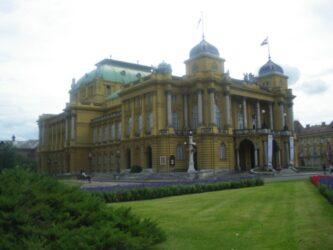 Capital de Croacia, Zagreb es una interesante ciudad centroeuropea, que cautiva al viajero