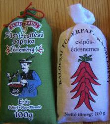 Podemos adquirir la tradicional paprika de su rica gastronomía para condimentar nuestras recetas.