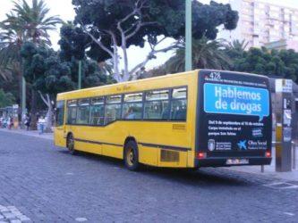 Las famosas guaguas como se conocen aquí a los autobuses